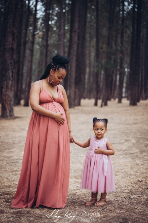 pine-forest-maternity-shoot-lorato-006