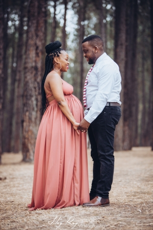 pine-forest-maternity-shoot-lorato-013