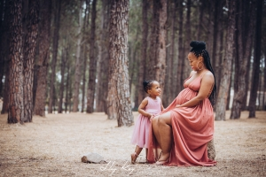 pine-forest-maternity-shoot-lorato-016